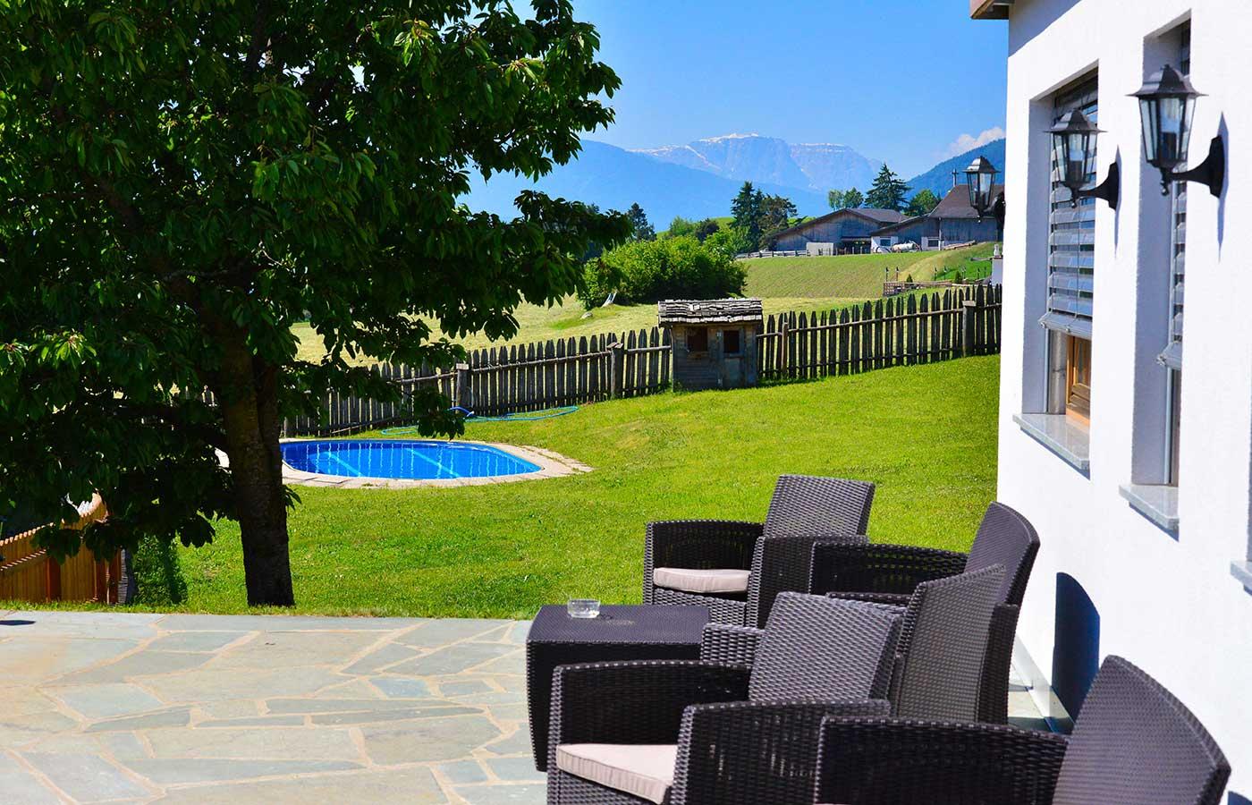 bauernhof mit schwimmbad s dtirol der brunnerhof. Black Bedroom Furniture Sets. Home Design Ideas